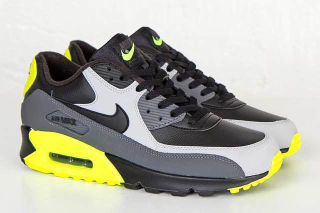 Nike Air Max 90 Wolf Greyblkvolt