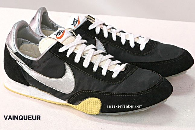 Vintage Collector Lindy Darrell Nike Runners 46
