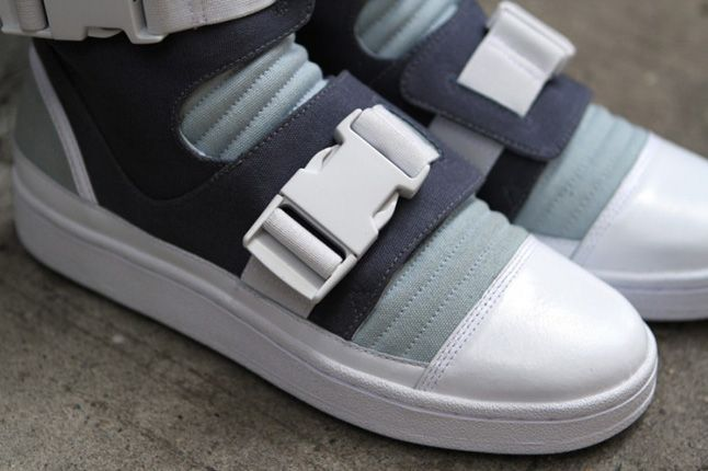 Adidas Slvr Buckle High Top 03 1