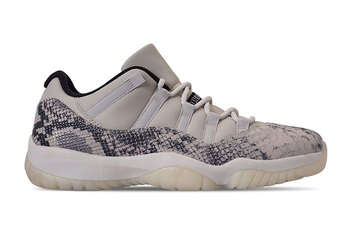 Air Jordan 11 Low Snakeskin Light Bone Right