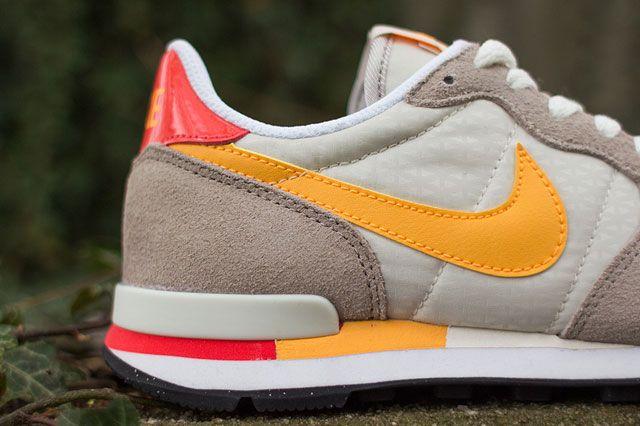 Nike Wmns Internationalist Detailshot