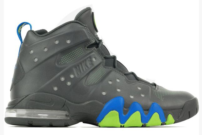 Nike Air Max Barkley Dark Grey Photo Blue Green Profile 1