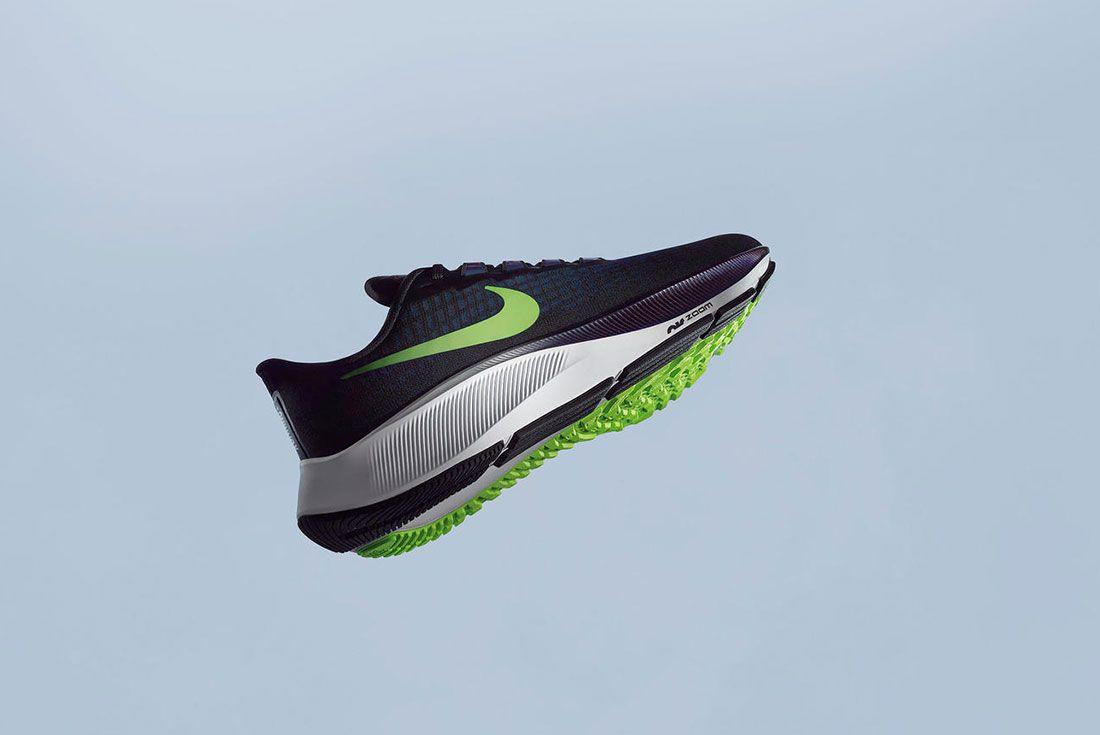 Nike Air Zoom Pegasus 37 Black Floating