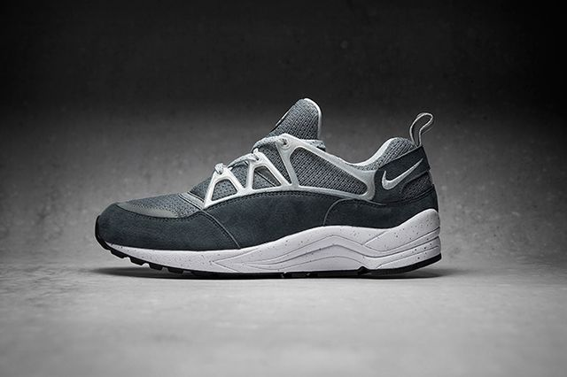 Foot Patrol X Nike Air Huarache Light Concrete 3