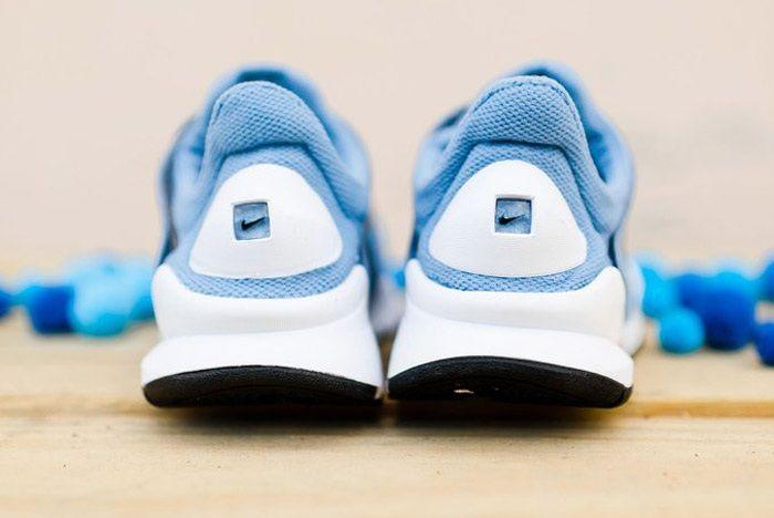 Nike Sock Dart Wmns Work Blue Wht 3