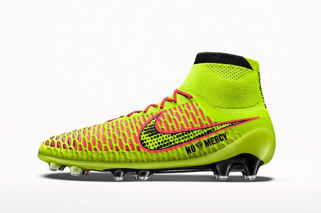Magista Custom Ylw Sideview