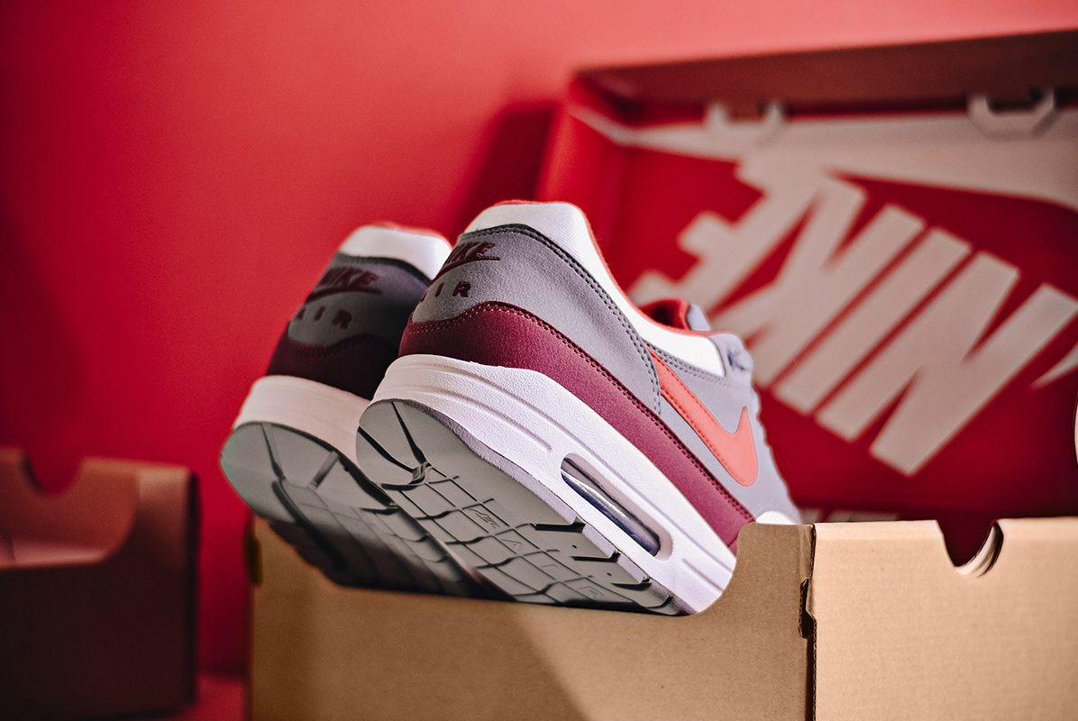 Air Max 1 University Red Sneaker Freaker 4