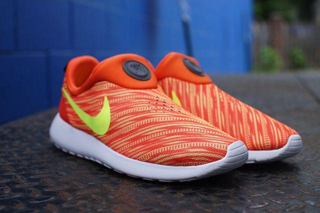Nike Roshe Run Slip On Electric Orange Atomic Mango 6