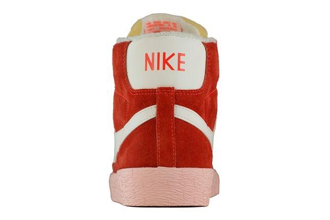 Nike Blazer Vntg Total Crimson Sail Heel Profile 1
