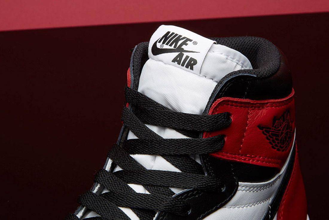 Air Jordan 1 Black Toe 2
