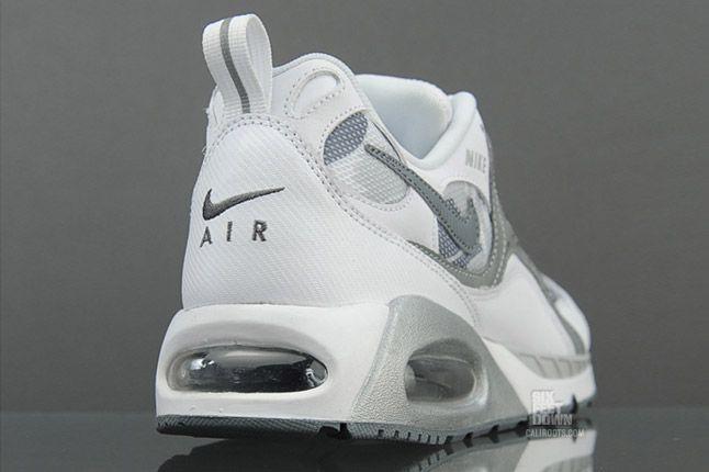 Nike Air Max Humara Snow Commando 2