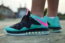 Lebron 11 Low Custom By Solebrotha South Beach Thumb