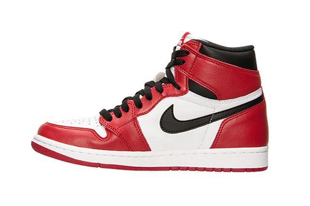 Air Jordan 1 Chicago 2