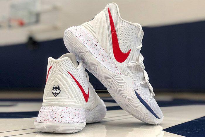 Nike Kyrie 5 Uconn 3