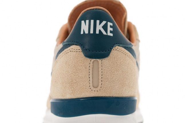 Nike Air Solstice Qs Mushroom Nightshade Heel Detail 1