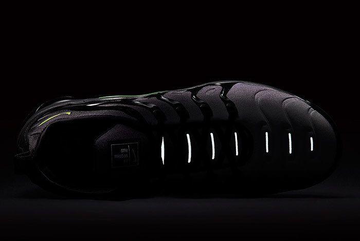 Nike Vapormax Plus Neon 95 6