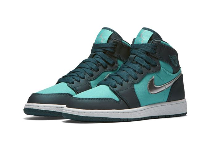 Air Jordan 1 High Tiffany Diamond 3