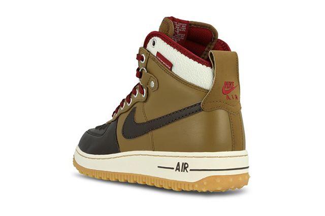 Nike Air Force 1 Duckboot 4