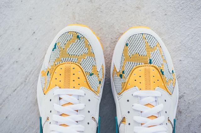 Nike Huarache Canyon Gold Bumper 1