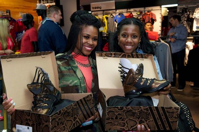 Teyana Taylor Glc Launch Performance Fans With New Shoes 1