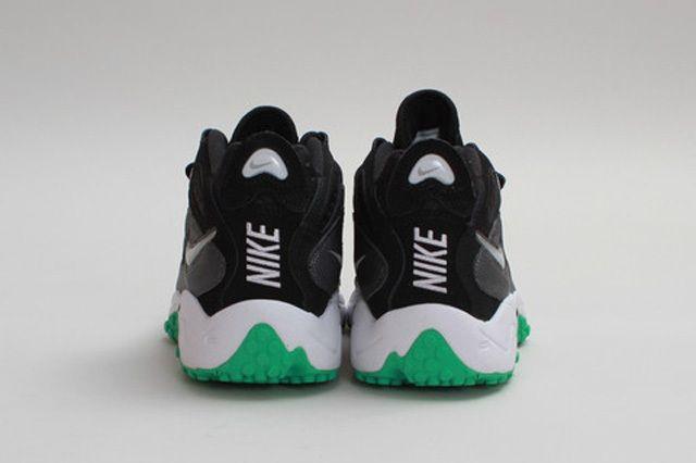 Nike Air Turf Raider Black Gamma Heel Profile