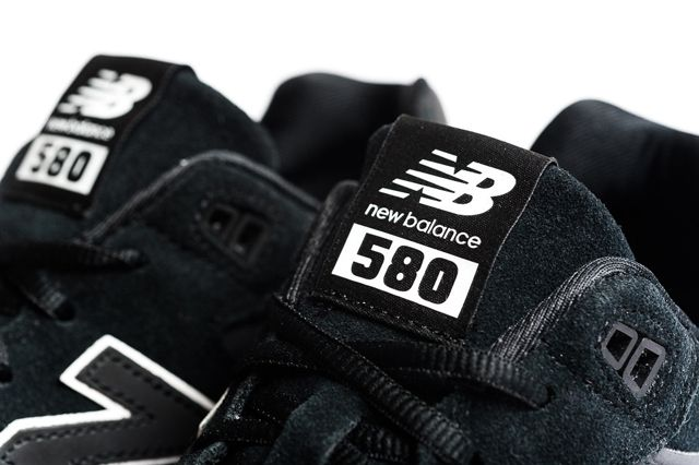 New Balance Mrt580 Black1