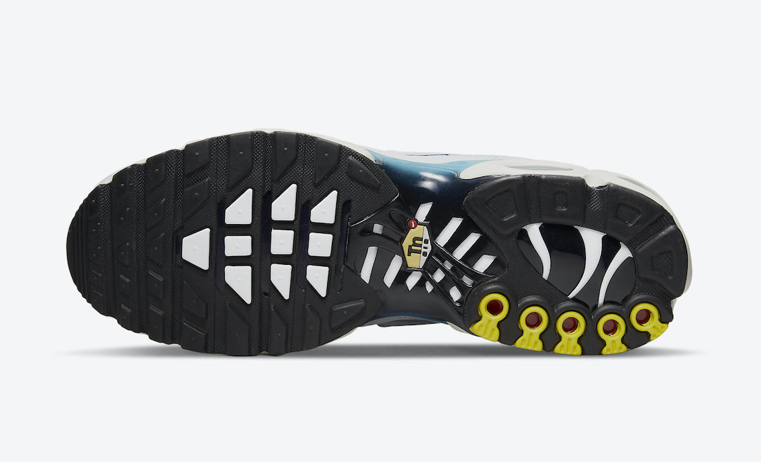 Nike Air Max Plus CZ1651-400