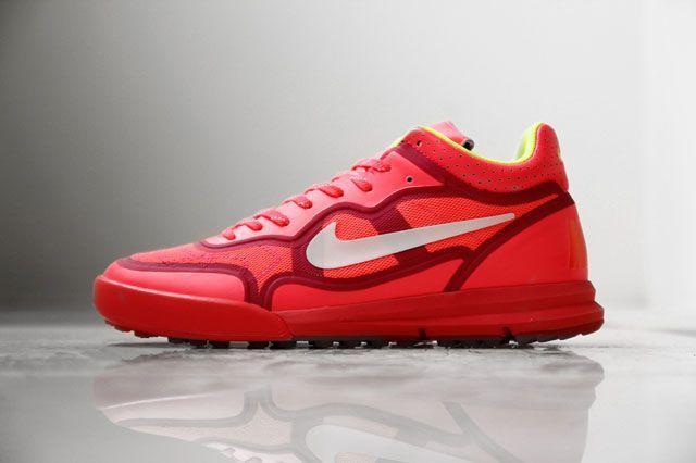 Nike Sportswear Lunar Tiempo Premier Red Sideview