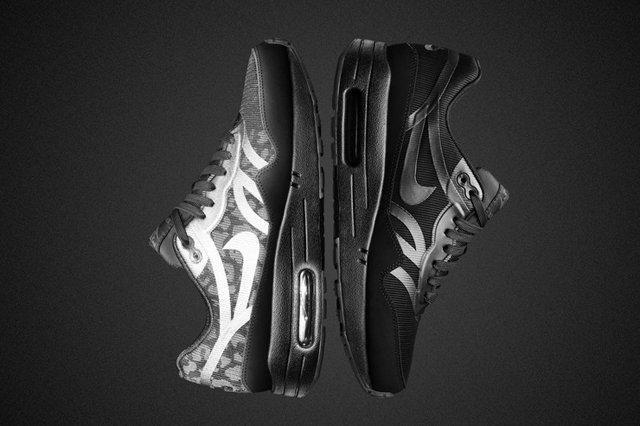 Nike Air Max Black Reflective Collection Air Max Womens