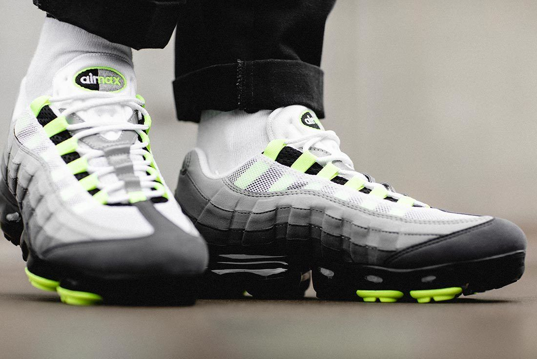 Nike Air Vapormax95 Neon 1