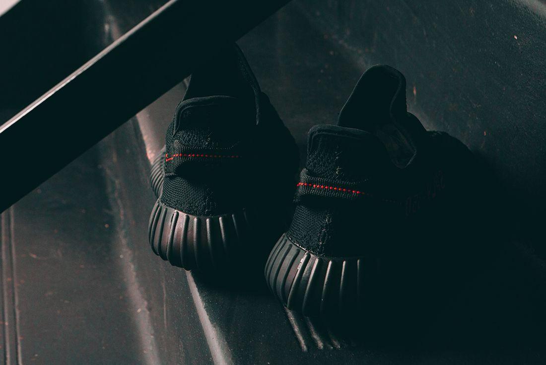 Adidas Yeezy Boost 350 V2 Black22