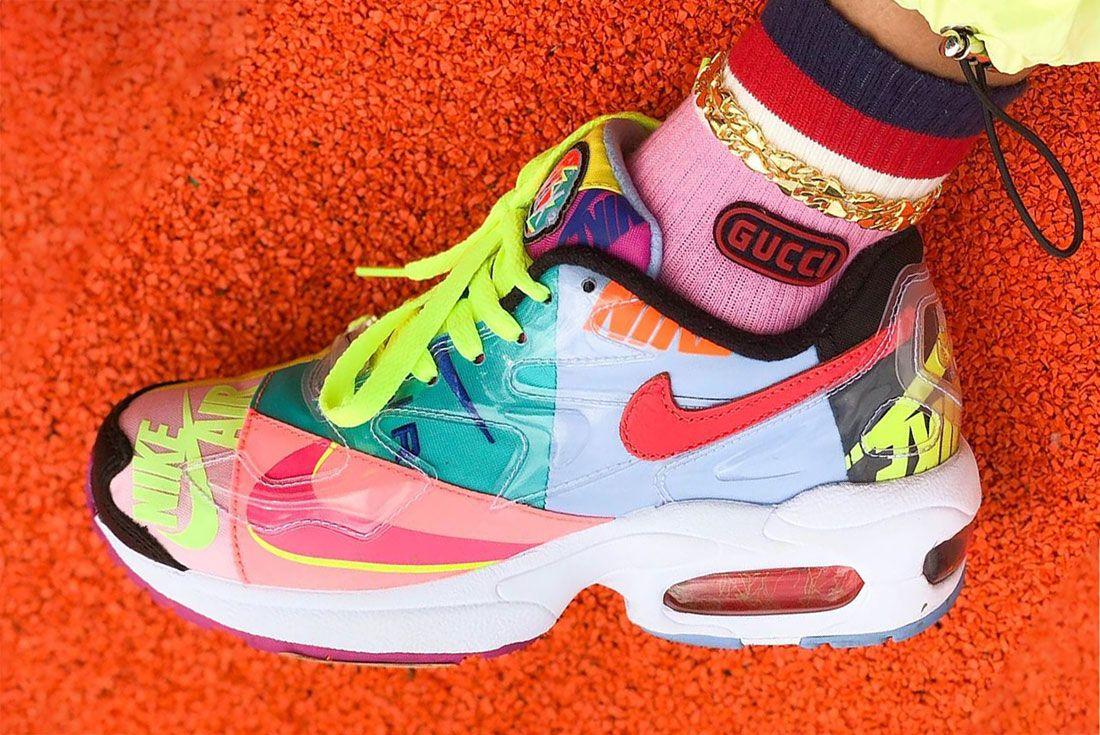 Nike Female Sneakers Air Max2 Light Sally