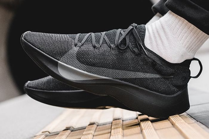 Nike Vapor Street Triple Black 4
