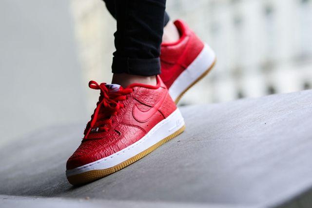 Nike Af1 University Red White Gum Bumper 1