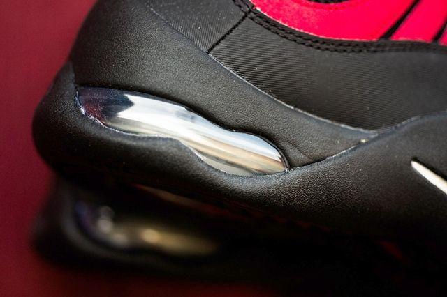 Nike Air Bakin Og Varisty Red Orange Blaze 1