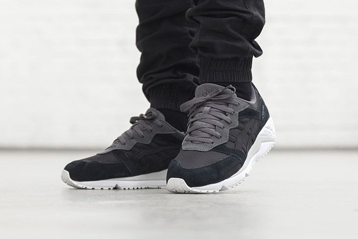 Asics Gel Lique Black On Feet 2