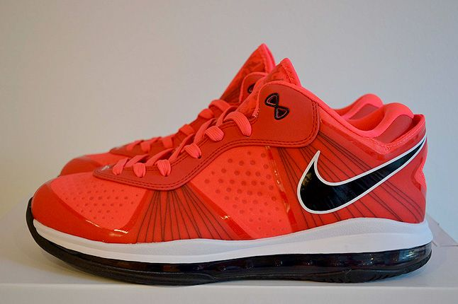Sneaker Freaker Lebron Collector Garv 25 1
