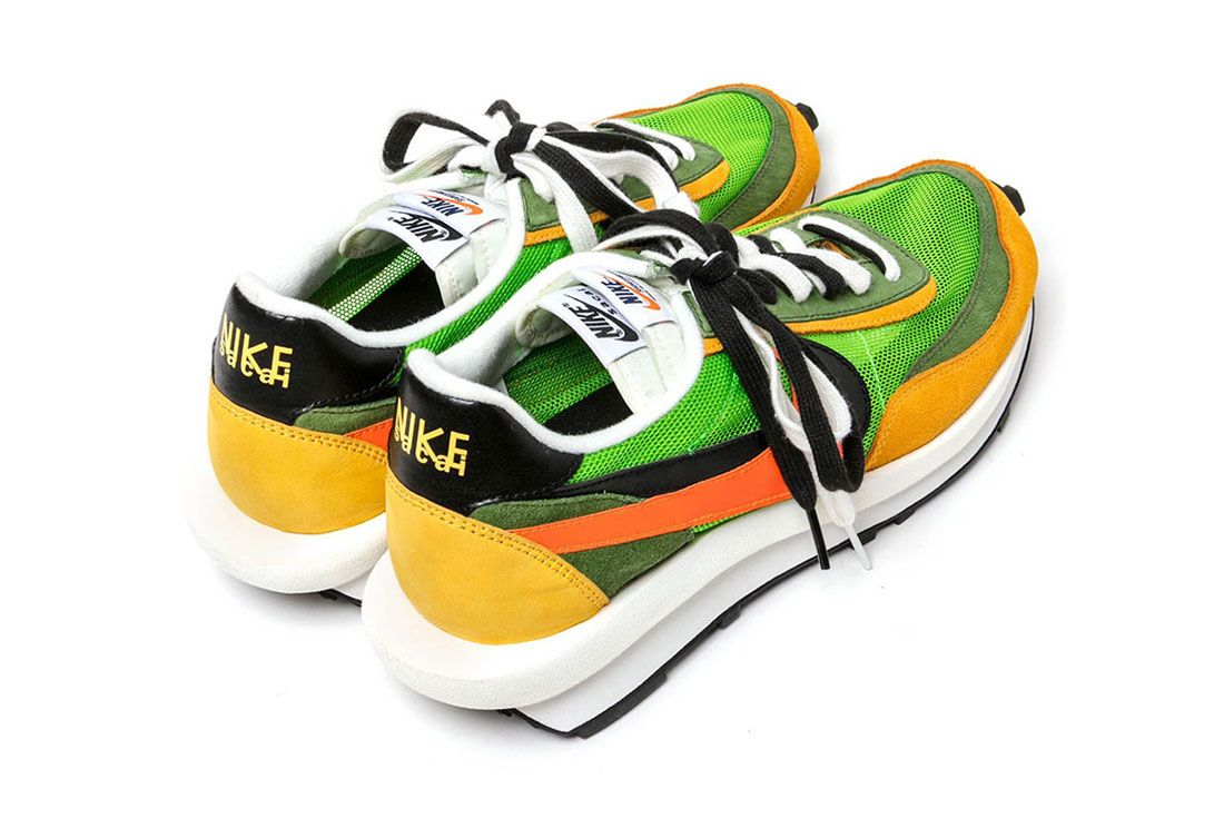 Nike Sacai Waffle Back Heel Shot 2