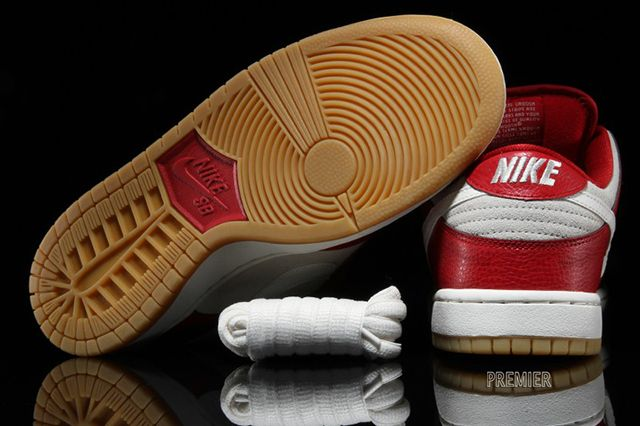 Nike Sb Dunk Low Valentines Day 3