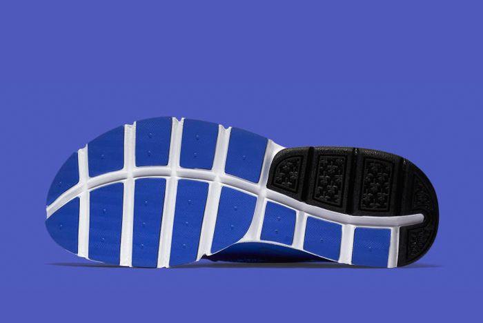 Nike Sock Dart Racer Blue 5