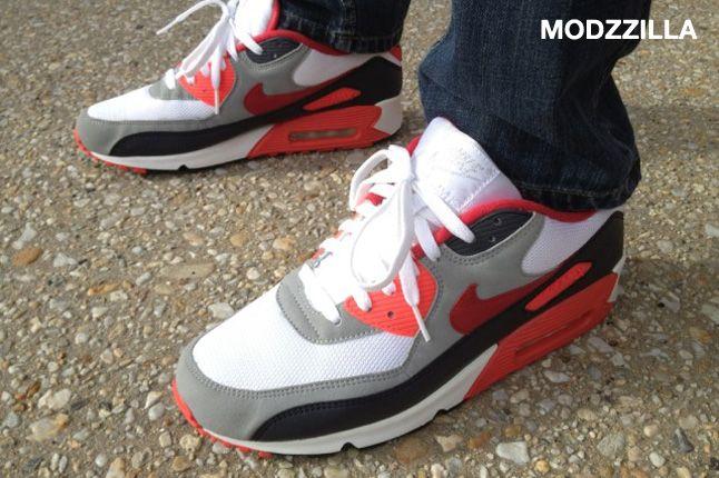 Sneaker Freaker Wdywt Modzzilla 01 1