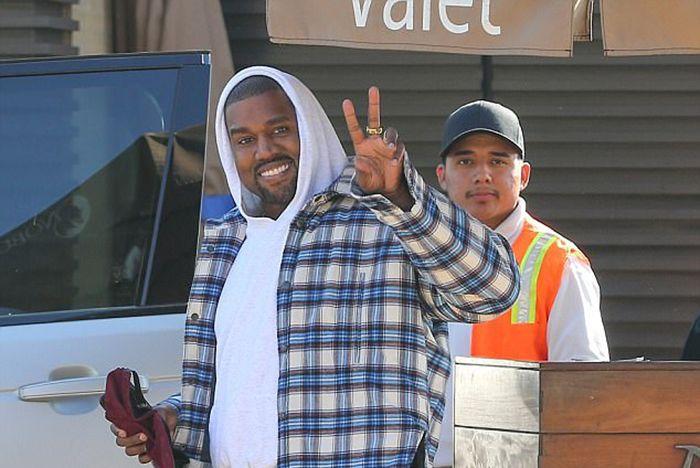 Kanye Triple Black Wave Runner 1