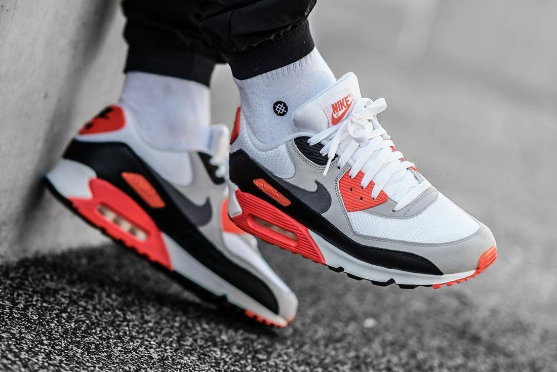 Nike Air Max 1 Infrared On Foot