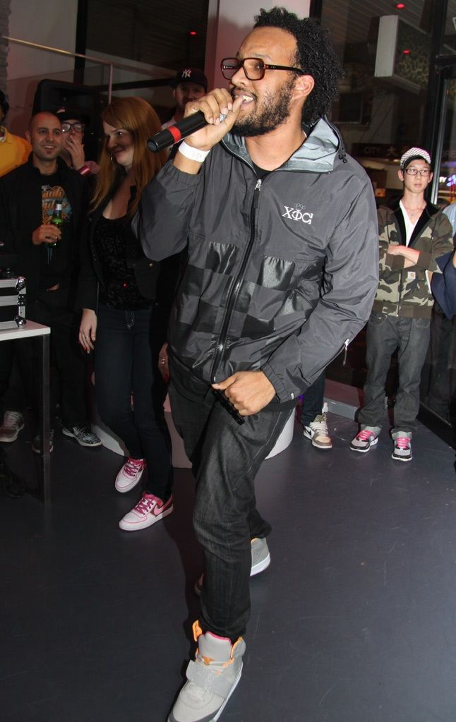 Sydney Yeezy Launch 40