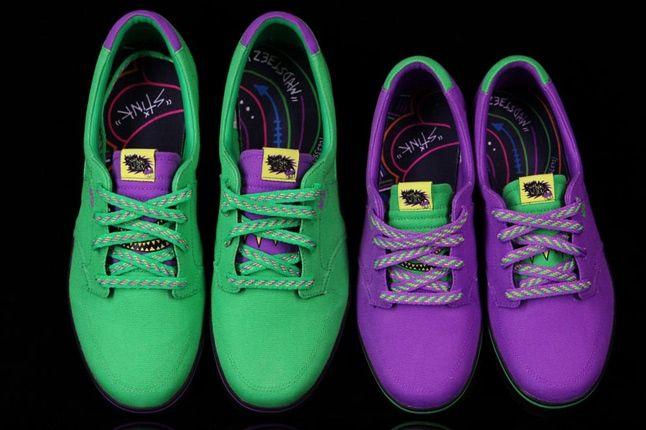 Nike Stinkween Pair 1 1