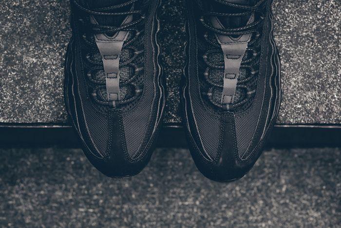 Nike Air Max 95 Black Out 4