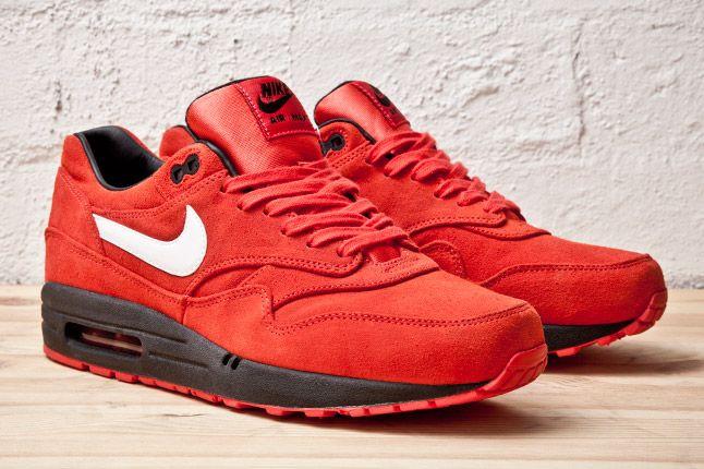Nike Air Max 1 Prm Red Blk Pair 1
