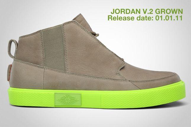 Jordan V 2 Grown 3