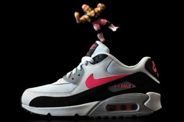 Nike Air Max 90 Hyper Pink 3