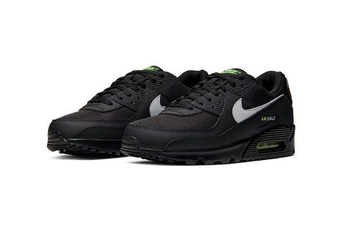 Nike Air Max 90 Volt Toe